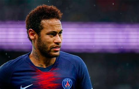 Neymar Accused of Raping a Woman in Paris Hotel | Complex