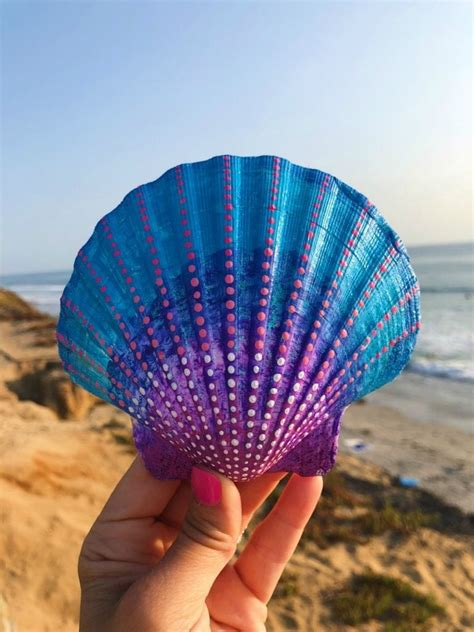 20 Painted Sea Shell Designs • Color Made Happy