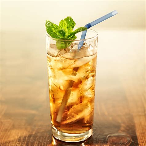 Iced Tea Danger: How Much Is Too Much?